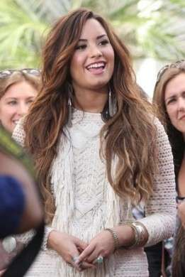 Demi Lovato veste Isabel Marant