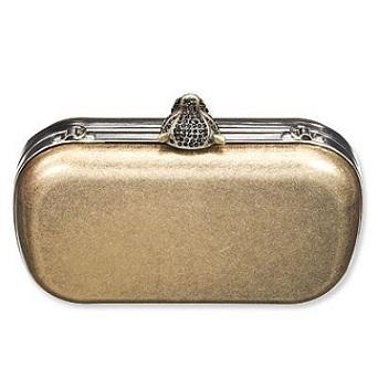 H&M presenta la clutch dorata