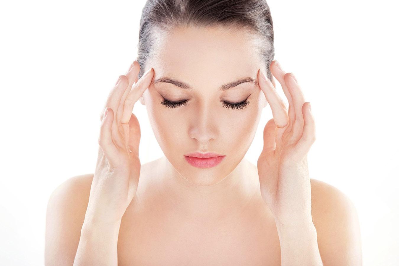 Perché si ha la sensazione della testa pesante e quando rivolgersi al medico