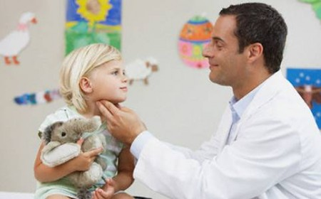 pediatra bambini fino a che eta