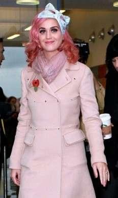 Katy Perry veste Valentino