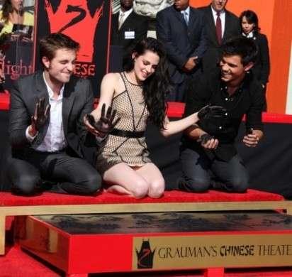 Kristen Stewart Robert Pattinson e Taylor Lautner