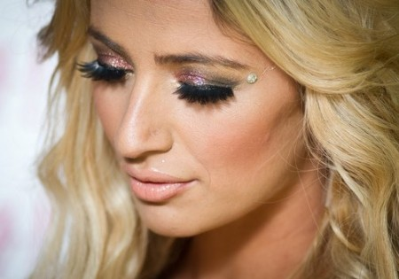 Make up occhi, un trucco scintillante per le feste