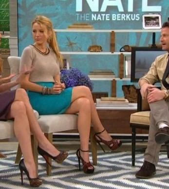 """Blake Lively sceglie lo stile di Burberry Prorsum per """"The Nate Berkus Show"""""""