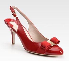 Scarpe rosse per Capodanno? Ecco le proposte chic e bon ton di Salvatore Ferragamo