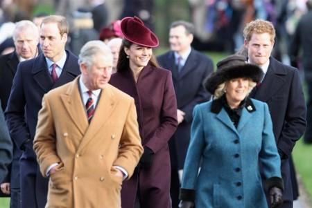 il look di Kate Middleton alla messa di Natale