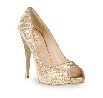 Ballerine e dècolletès glitter dalla collezione Valentino per un Capodanno glamour