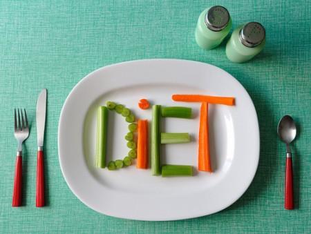 Dieta purificante di tre giorni per sgonfiare la pancia e i fianchi