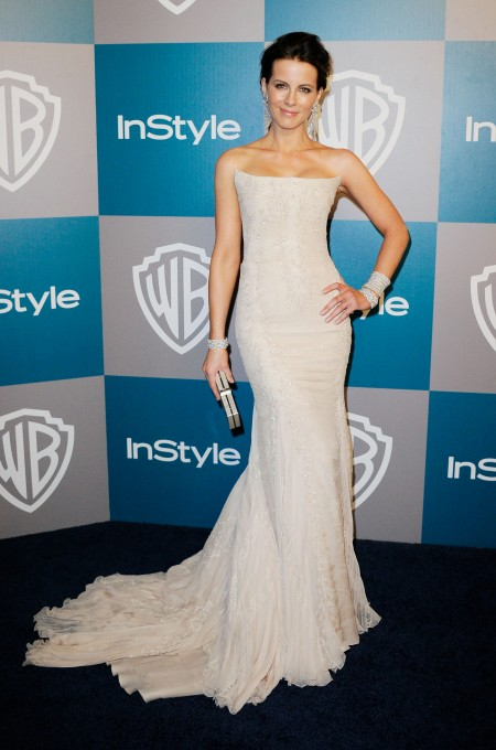 Kate Beckinsale splendida sirena in Roberto Cavalli ai Golden Globe Awards