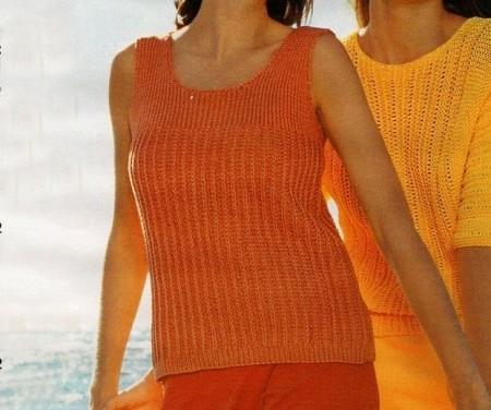 Lavori a maglia: una canotta arancione a punto coste