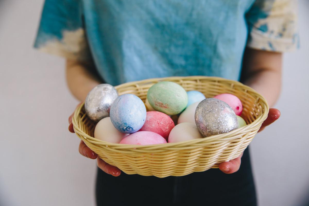 Auguri di Pasqua: le frasi e le poesie più belle da condividere con immagini e biglietti originali