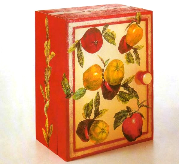 Armadietto decoupage frutta