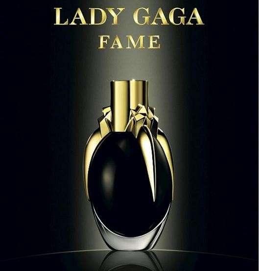 Lady Gaga lancia su Twitter la sua nuova fragranza [FOTO]