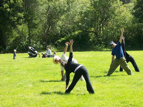 Yoga in menopausa: esercizi utili per restare in forma