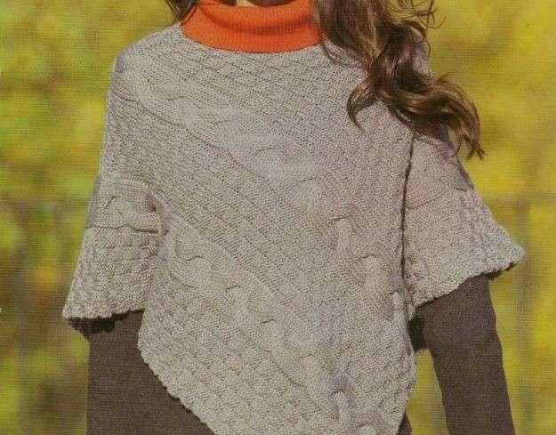 Lavori a maglia per creare un poncho a treccioni [FOTO]