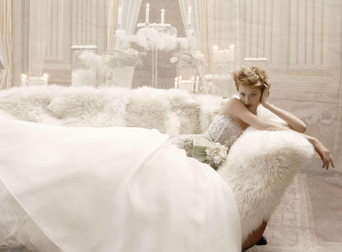 Abiti da sposa in stile 800, per chi ha un'anima vintage e raffinata [FOTO]
