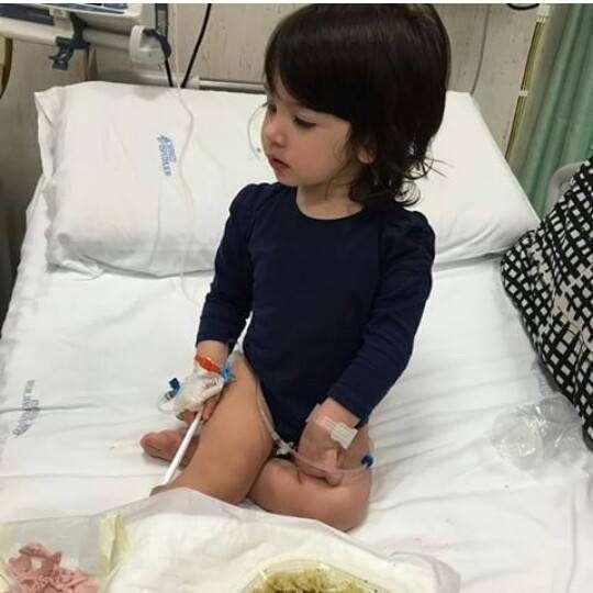 Chloe la figlia di Guendalina Tavassi e Umberto DAponte ricoverata in ospedale