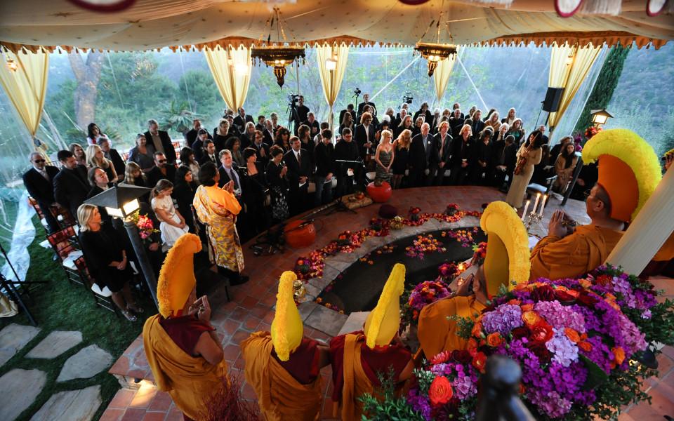 Il rito del matrimonio buddista: come si svolge?