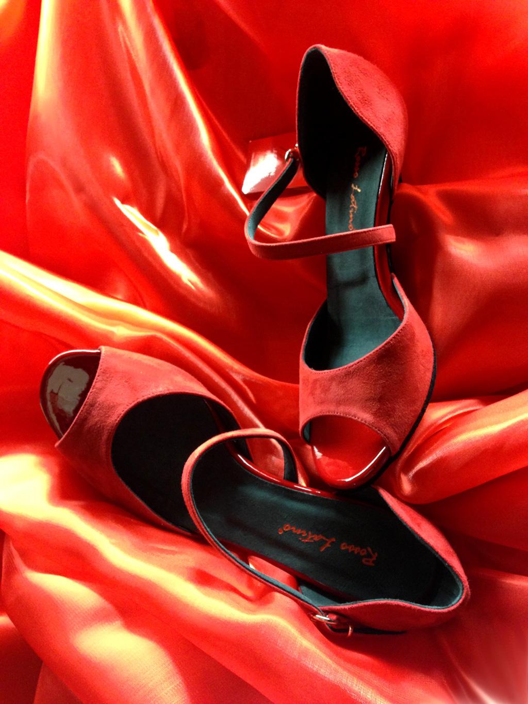 Scarpe Rosso Latino