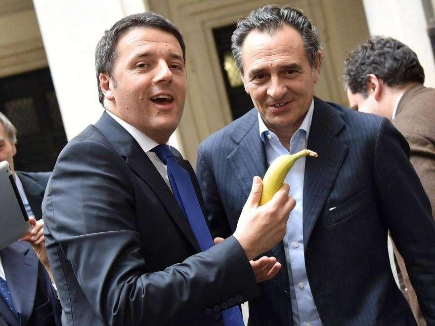 #Siamotuttiscimmie: foto con banana per difendere Dani Alves dal razzismo [FOTO]