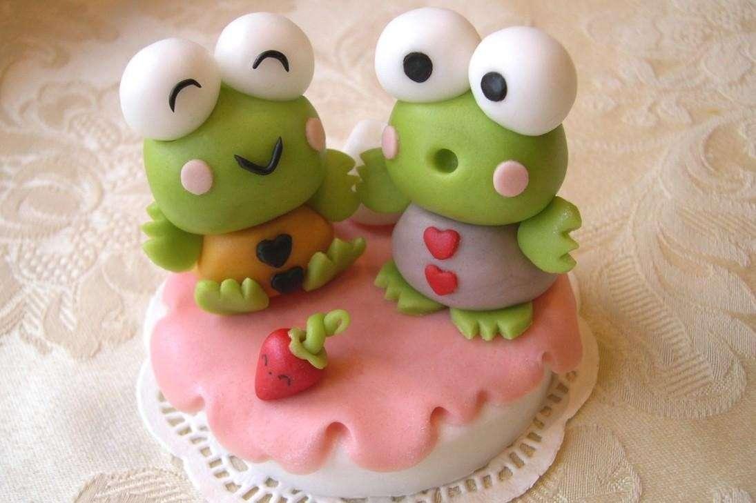 Cake topper fai da te: 10 esempi facili da realizzare [FOTO]