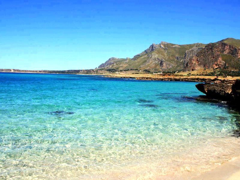 Spiagge più belle d'Italia: vota la tua preferita