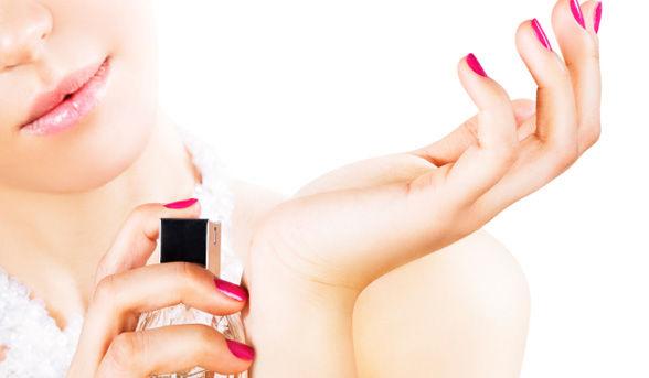 16 consigli sui profumi che ogni donna dovrebbe sapere