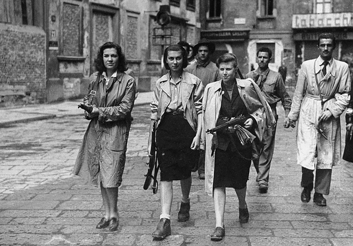 Donne partigiane della resistenza durante la seconda guerra mondiale