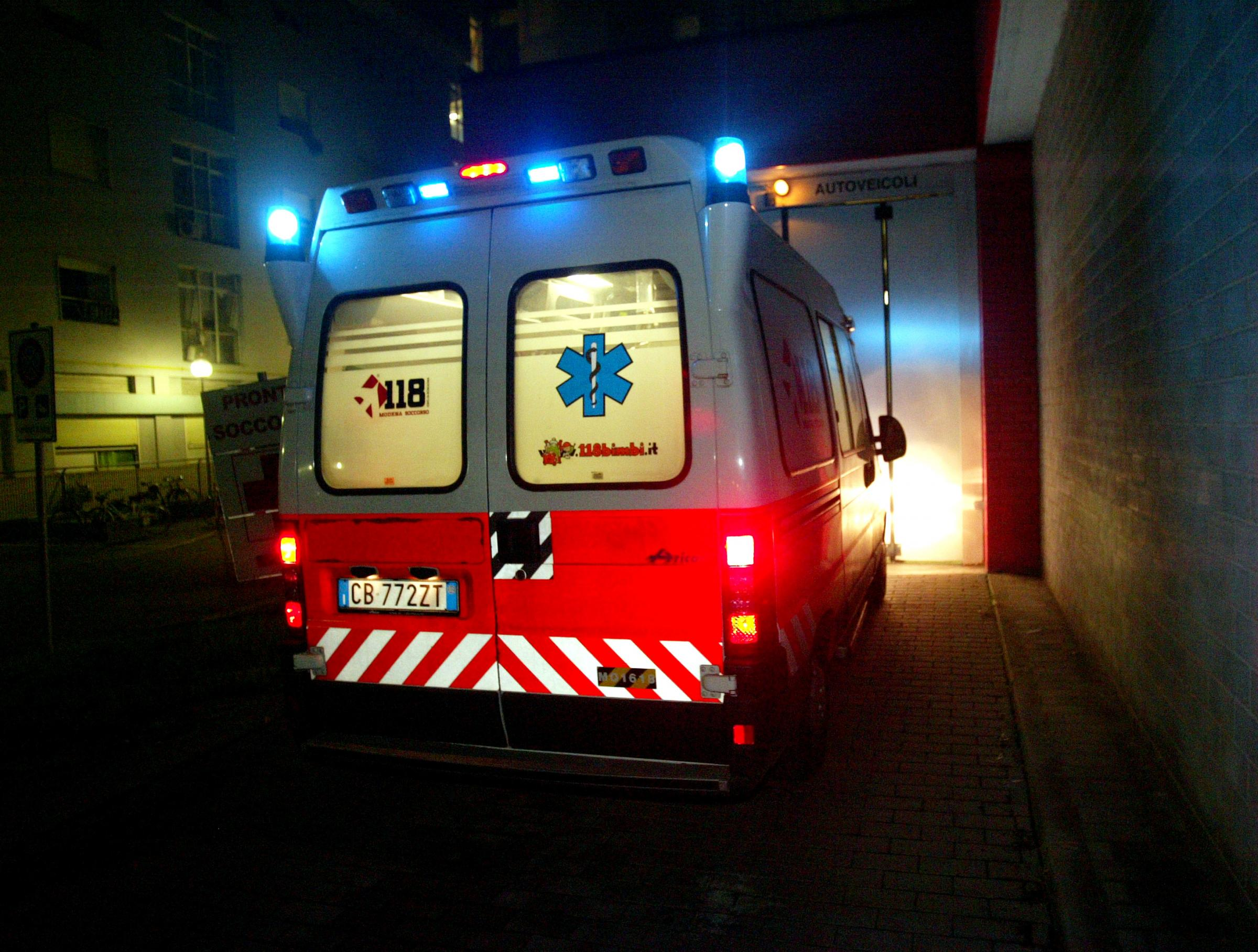 ambulanza laPresse