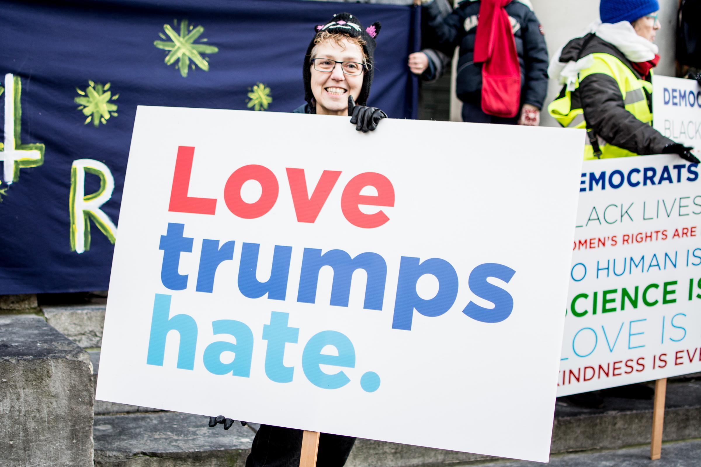 Marcia delle donne, in tutto il mondo milioni in piazza contro Trump