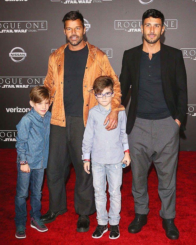 Ricky Martin vuole adottare delle bambine, il video dell'annuncio