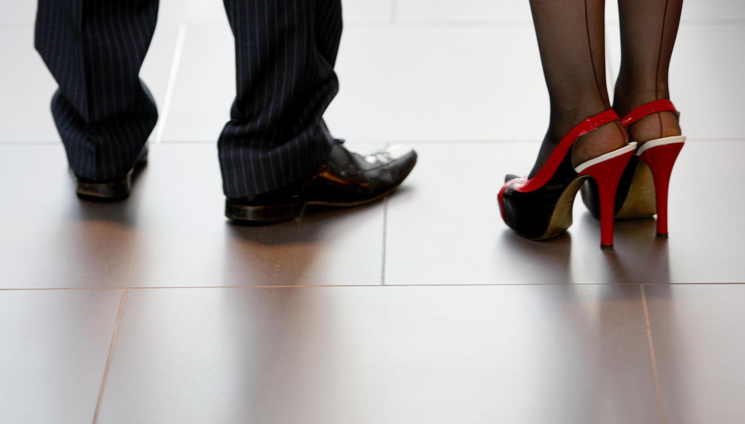 Women workers dress code study