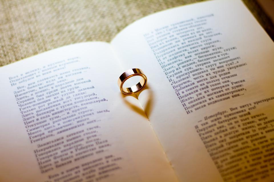 Promessa di matrimonio e fede nuziale