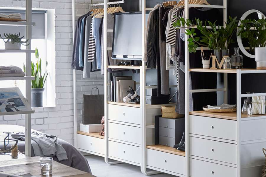 Idee salvaspazio fai da te: il riciclo creativo per organizzare la casa