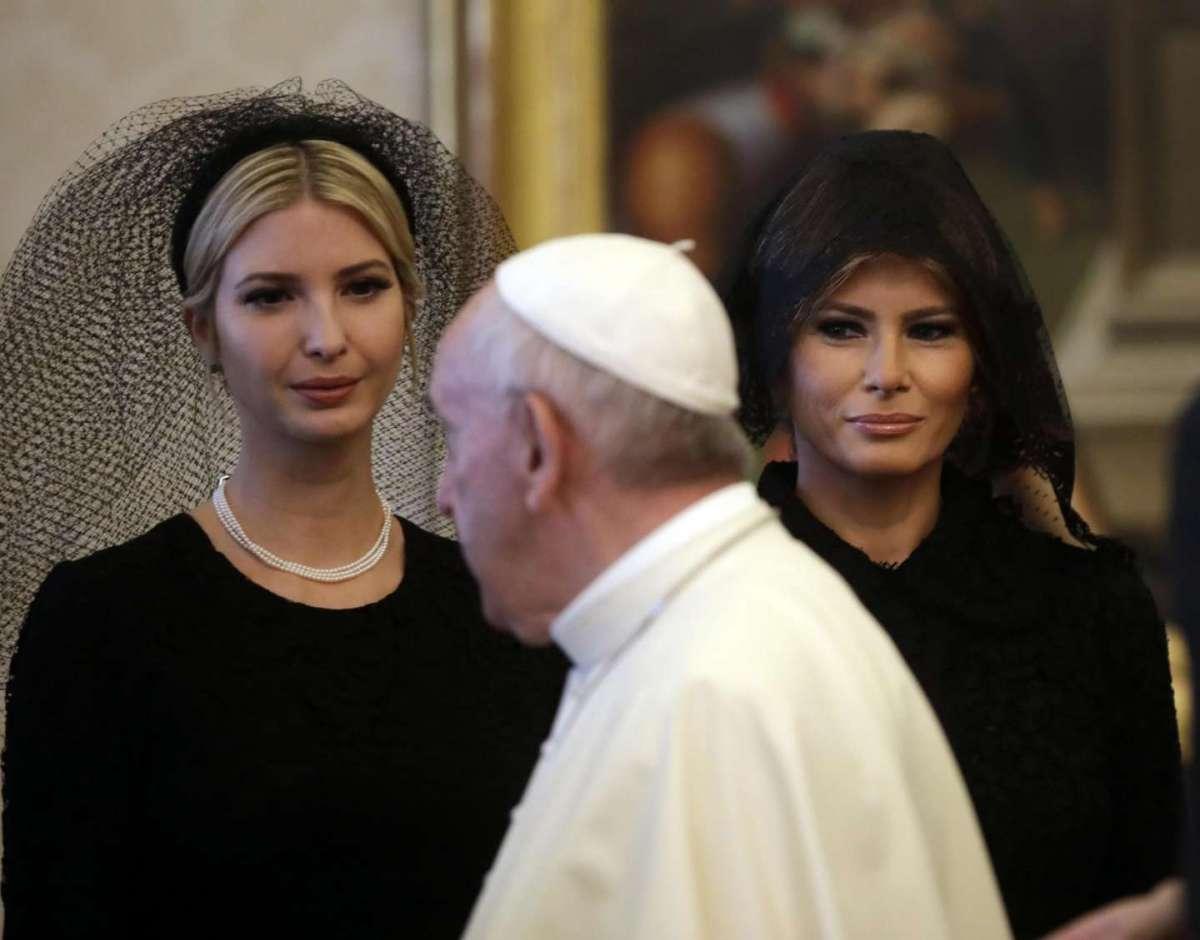 Le First Lady dal Papa: il dress code e i look per le visite in Vaticano