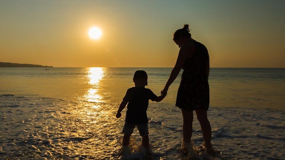 """Madre ottiene risarcimento di 10 milioni di euro: """"Mio figlio non sarebbe dovuto nascere"""""""