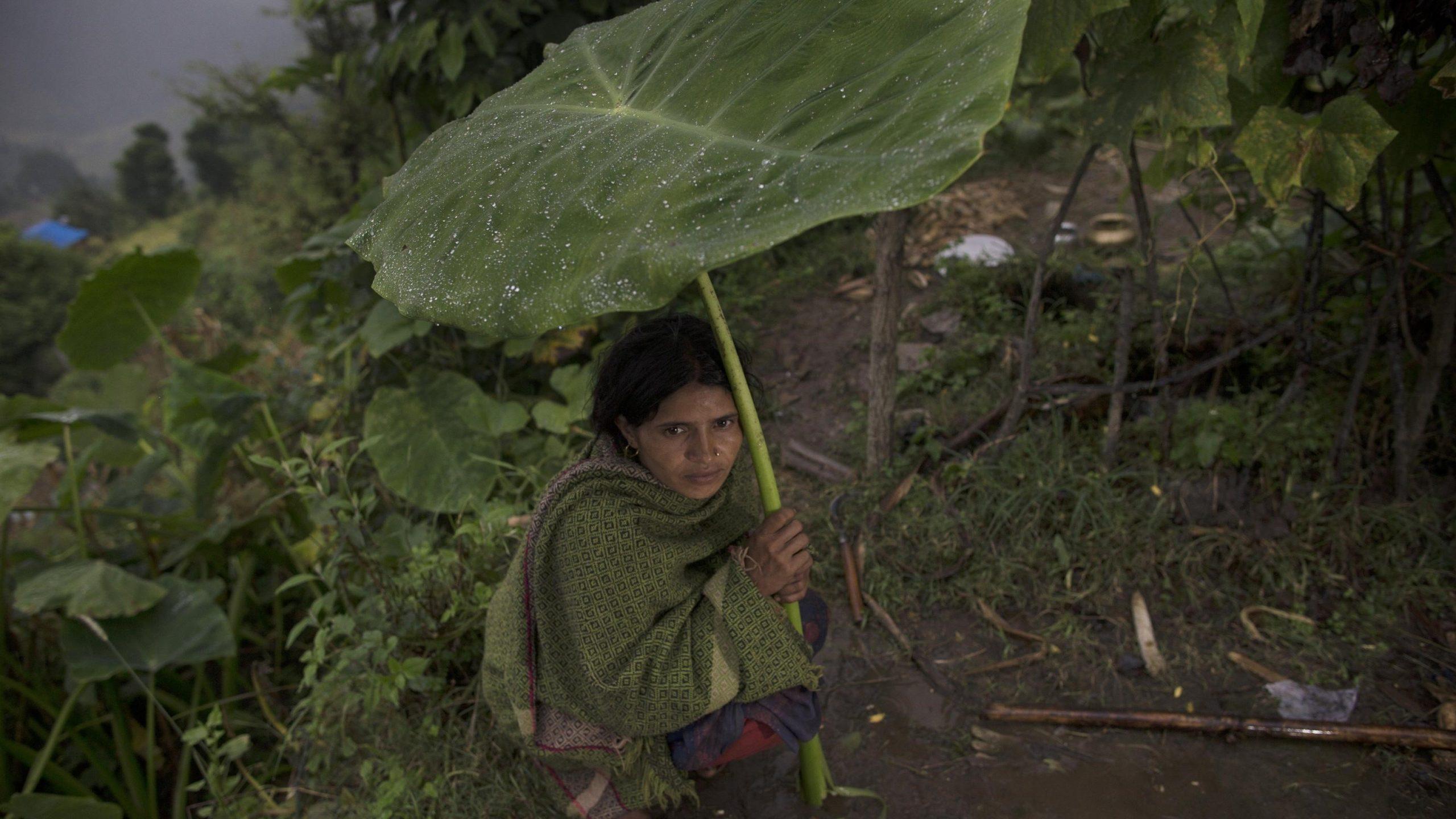 Il Nepal e l'usanza del Chaupadi, l'esilio delle donne con il ciclo: cos'è e perché si continua a morire