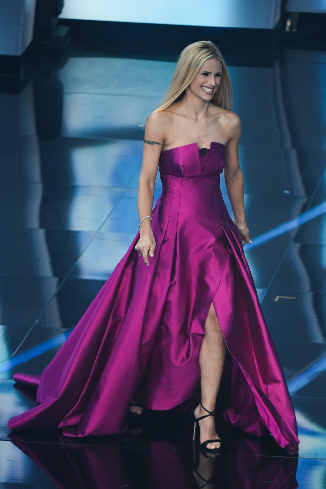 Sanremo 2018: sognare la conduzione per vestirsi come Michelle Hunziker