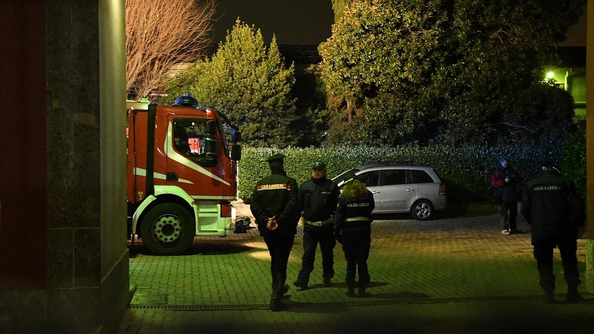 Tragedia nel mantovano: 52enne dà fuoco alla casa familiare e uccide il figlio di 11 anni