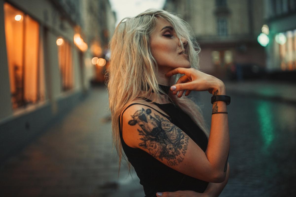Tatuaggi femminili: le frasi più belle e i disegni più ricercati per tatuaggi donna