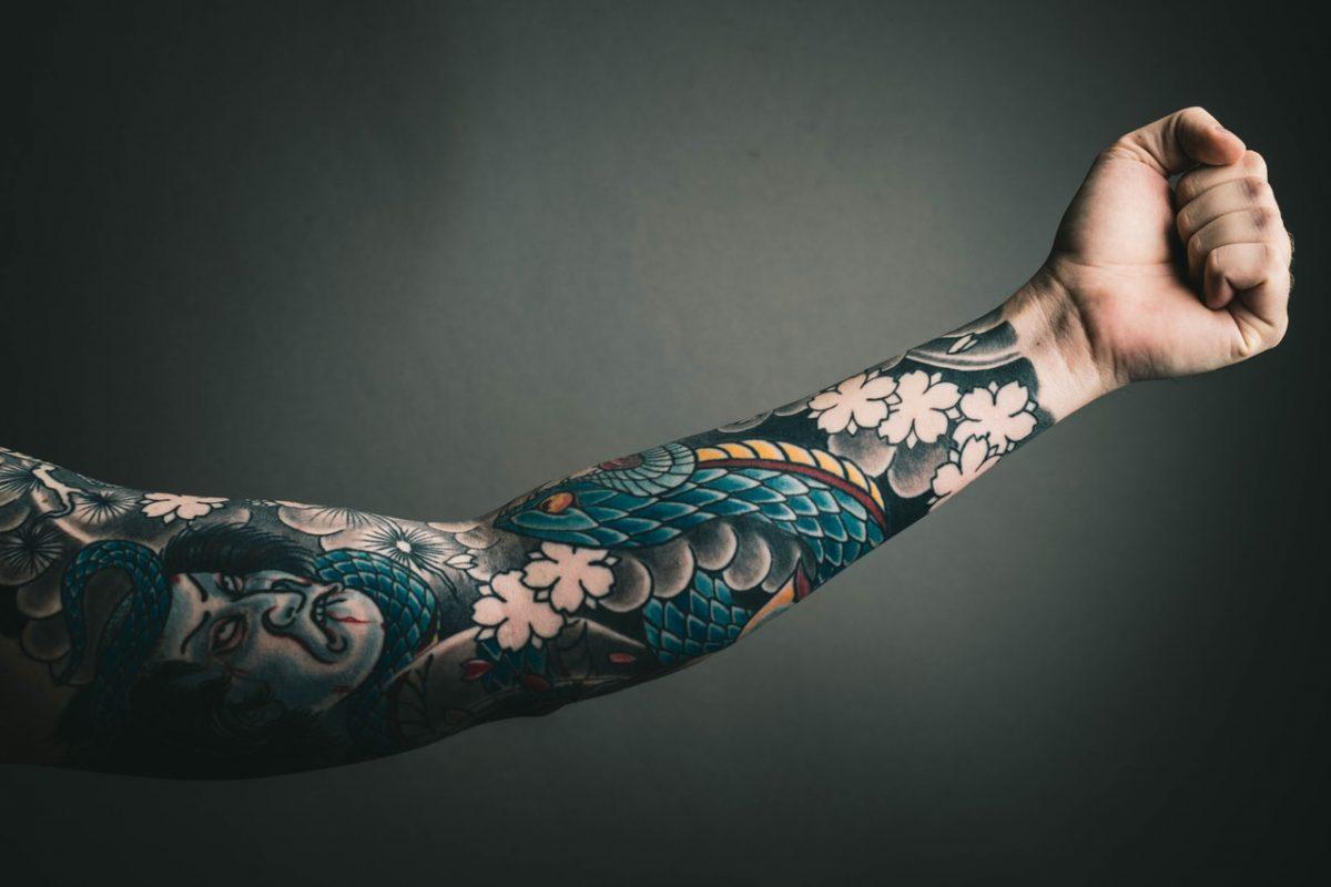 Tatuaggio sul braccio: come scegliere quello perfetto per te