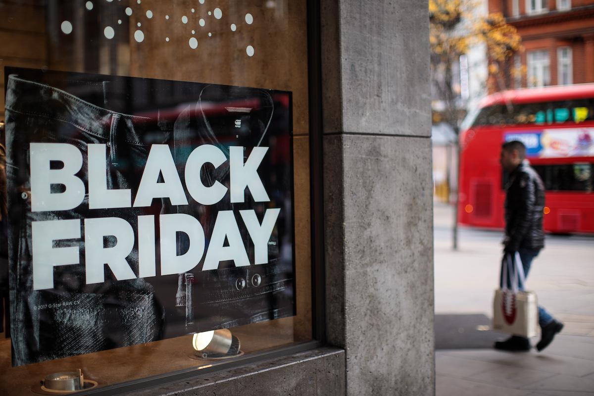 Black Friday: dove acquistare i migliori capi sportivi