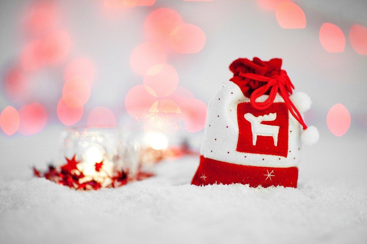 Per Natale regala uno scrub: ecco i migliori da comprare e i fai da te