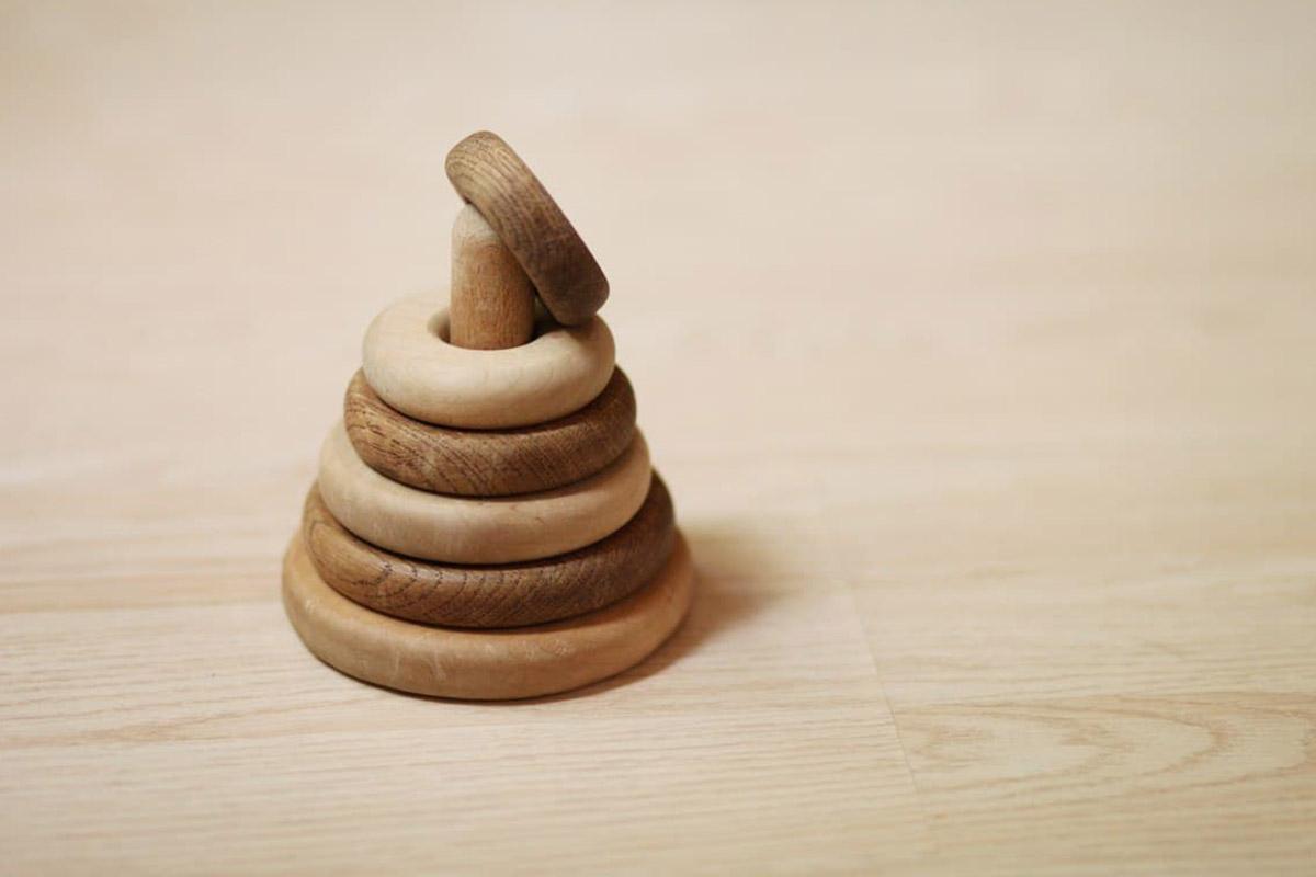 piramide legno