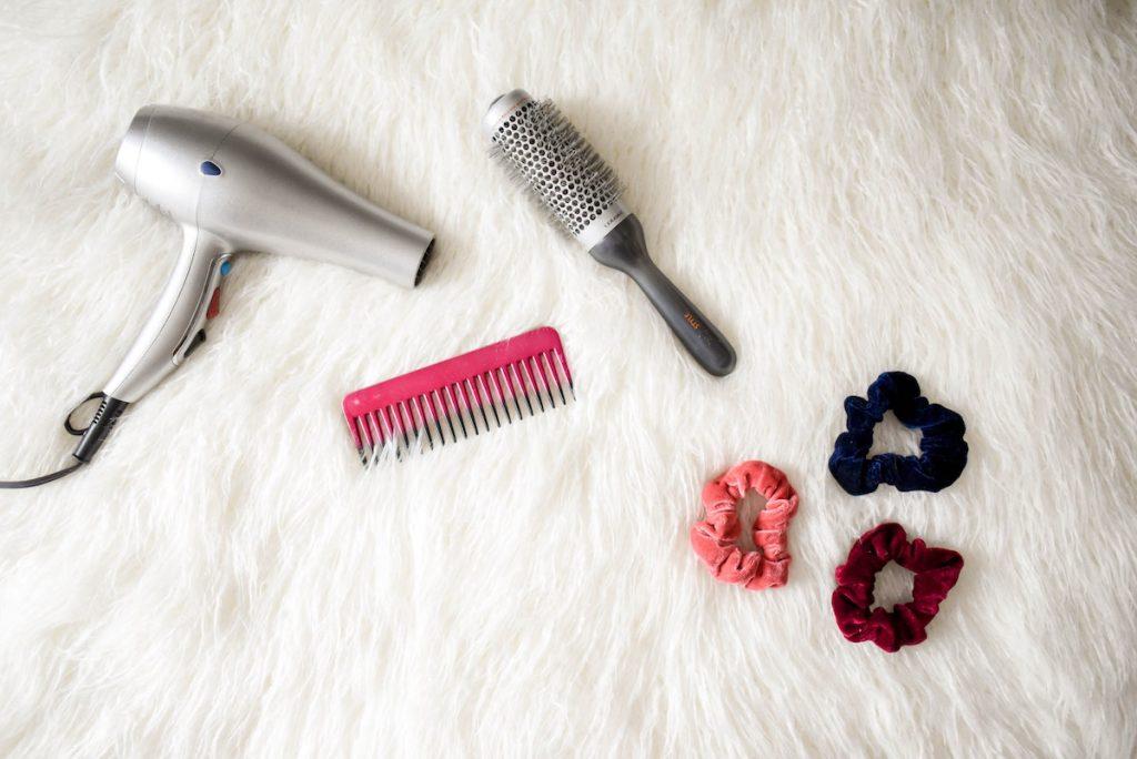 capelli accessori hairstyle elastici pettine spazzola phon