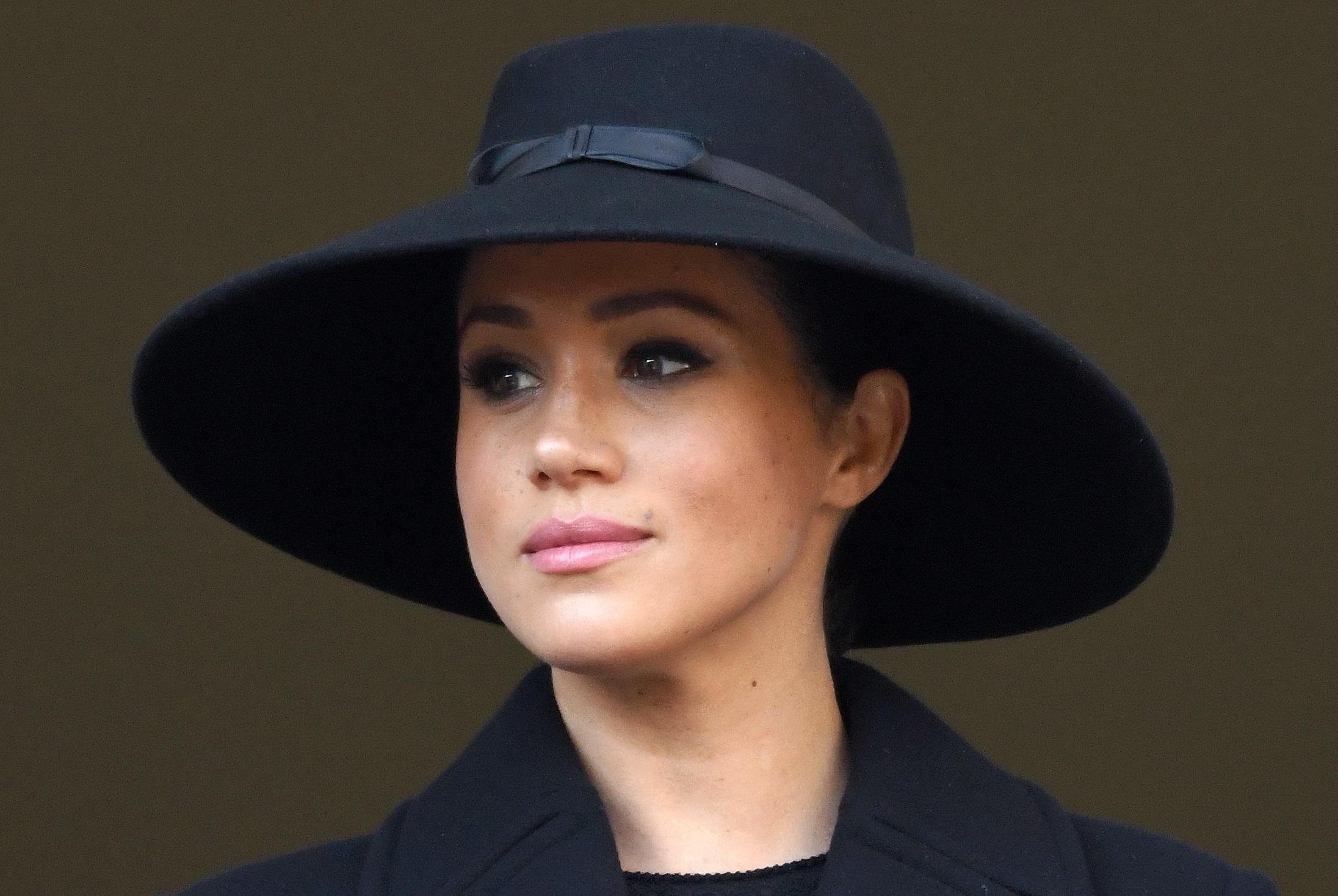 Meghan, duchessa di Sussex, partecipa all'annuale Memoria della Domenica del Ricordo presso il Cenotafio il 10 novembre 2019 a Londra, Inghilterra