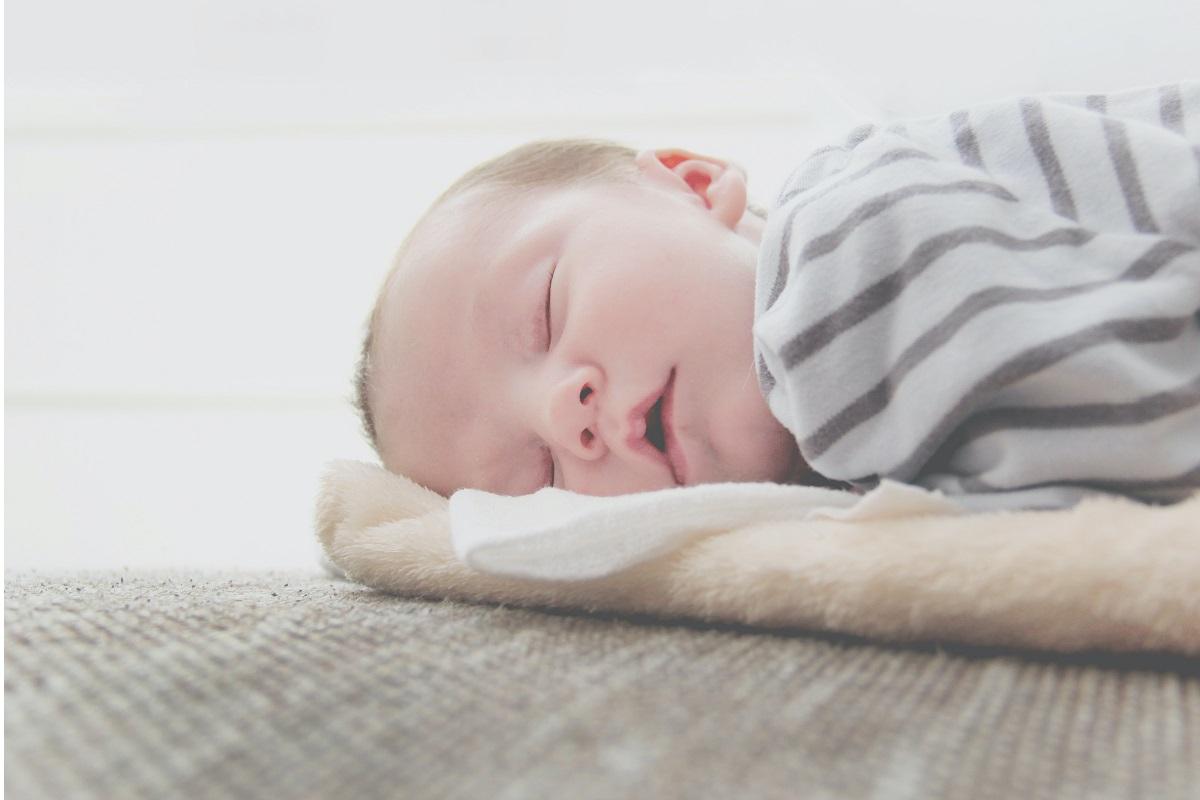 Ecco perché alcuni bimbi dormono con la bocca aperta!