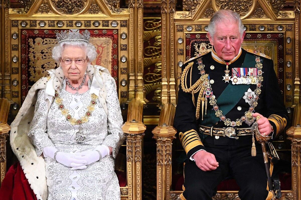 la regina elisabetta e il principe carlo