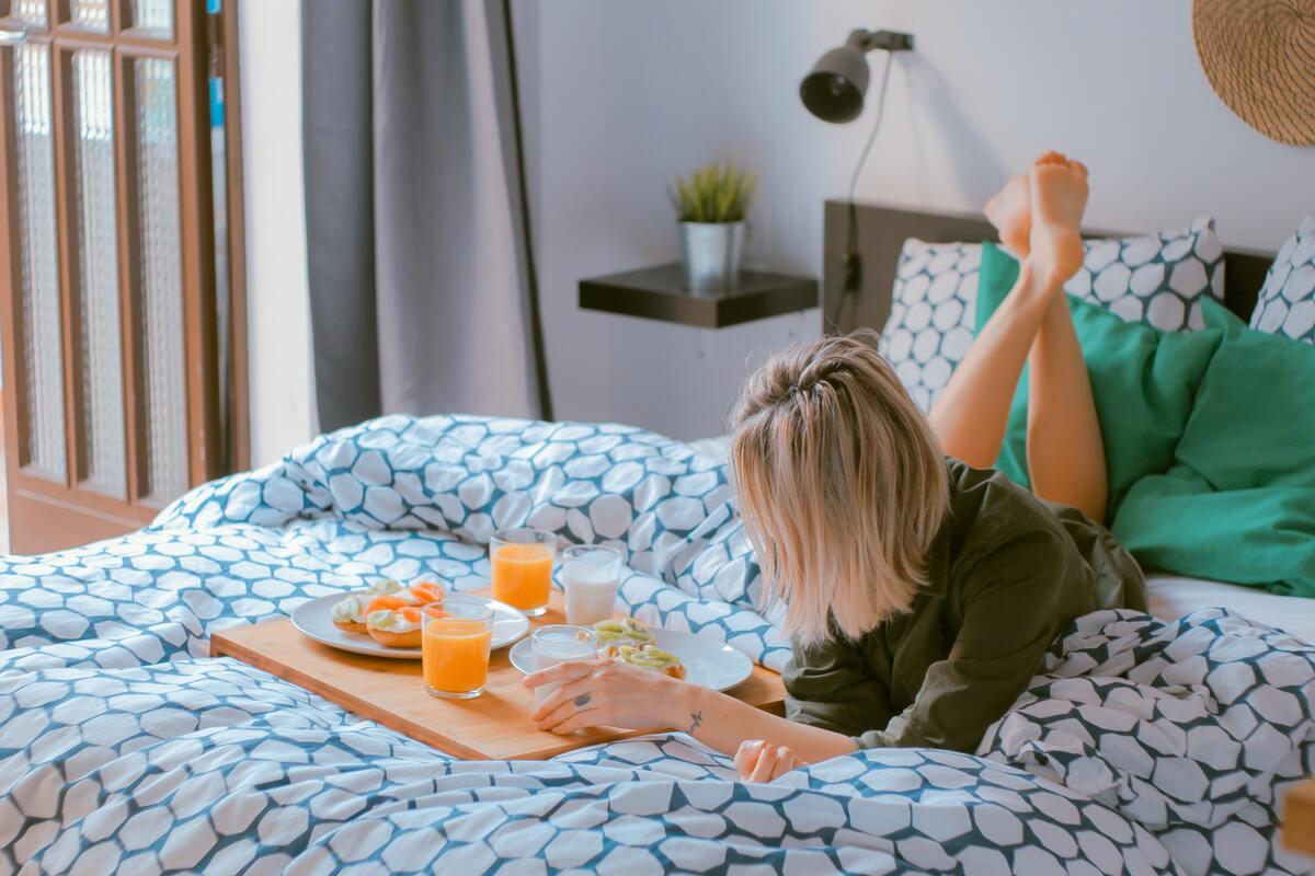 donna su letto