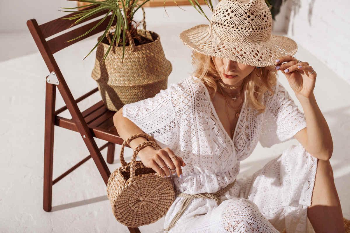 Abiti crochet per l'estate: i modelli e gli abbinamenti più irresistibili
